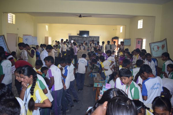 Sneha Jyothi Vidyalaya observed school science day on 17-2-2018. The  programme stated sharp at 10.am the chief guests were Rev.Fr. Elvin lopes,  Rev.