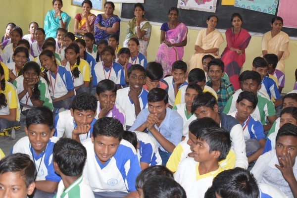 Sneha jyothi Vidyalaya observed Kannada fest on 17-1-18 at 1.30 pm in the  presence of Headmaster, staff and students. Mr.Devarayappa sir was the  incharge of ...